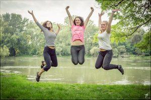 jumping-444613_640